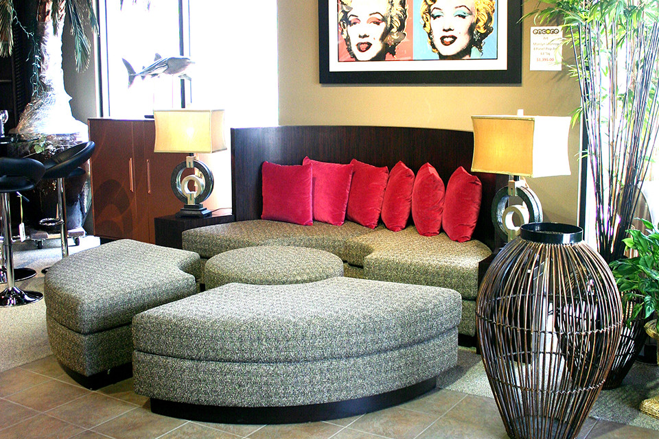 Break Apart Circle Couch With Red Pillows Encore Consign