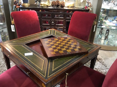 Luxury Table and Chairs with Chess Set - 3