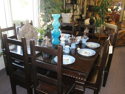 Dining Room Table with Blue Dishes